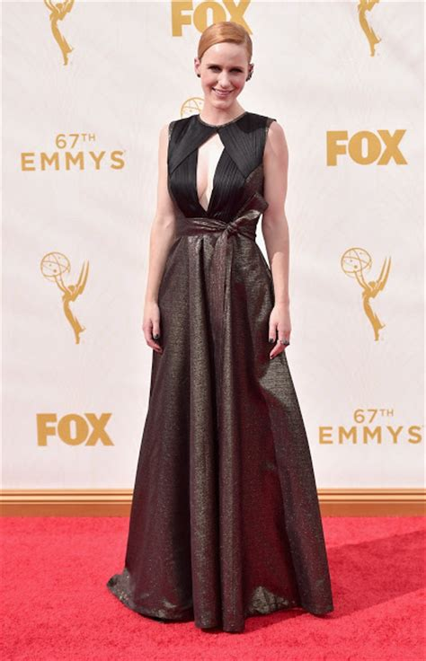 Julie Bowen Hairstyle 2015 Front And Back View by Who Wore What Emmy Awards 2015 Trend Alert Black Is
