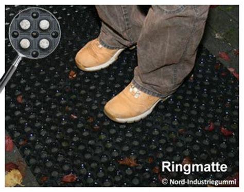 Auto Fußmatten Selbst Zuschneiden by Gummifu 223 Matte 1 2m X 0 8m St 228 Rke 23mm Fussmatte Gummi