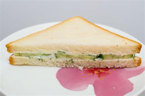 Sandwich Segitiga how to make a cucumber cheese sandwich 8 steps