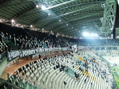 panchina juventus stadium allianz stadium juventus turin stadionwelt