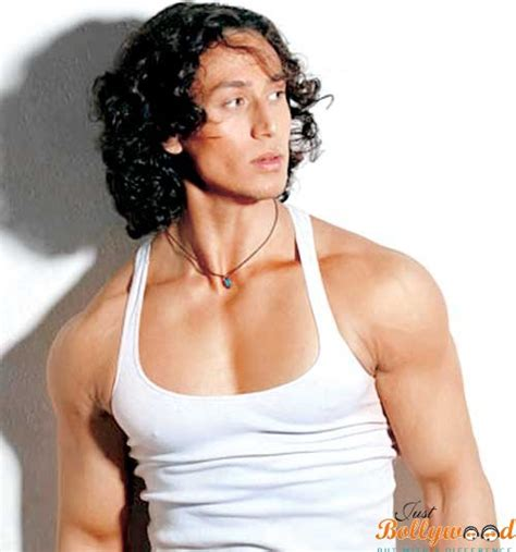 biography of tiger shroff tiger shroff biography movies height age wallpapers
