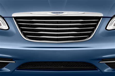 chrysler grill 2012 chrysler 200 reviews and rating motor trend