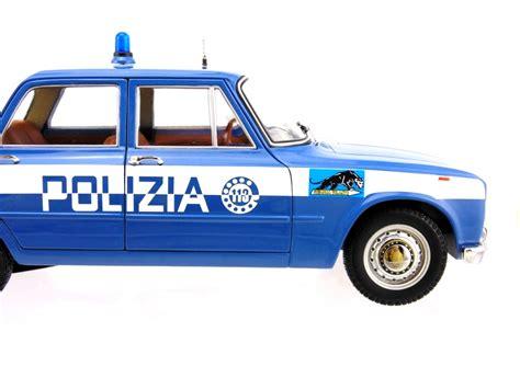 squadra volante polizia alfa romeo giulia 1600cc polizia 1970 squadra
