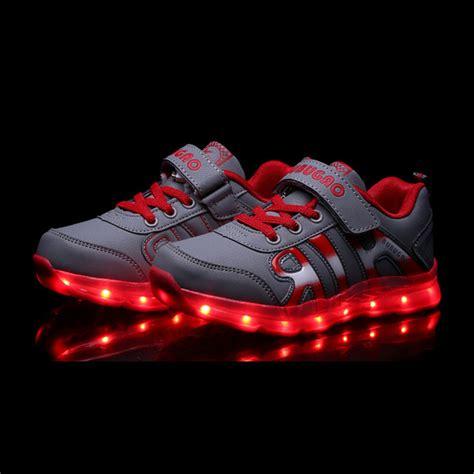 led light up shoes for boys boys light up shoes 28 images marvel light up boys