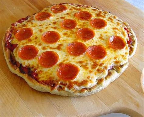 best tasting food the best tasting grilled pizza recipe genius kitchen