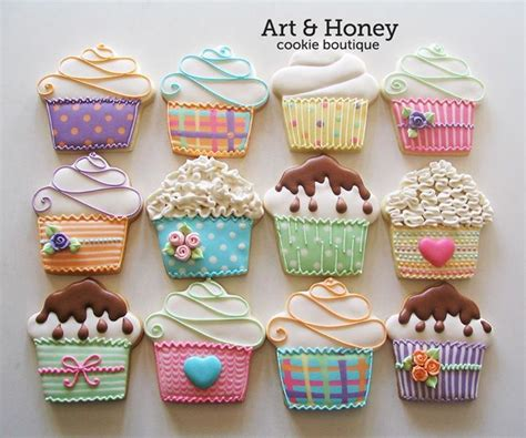 decorated cookie 1000 ideas about decorated sugar cookies on