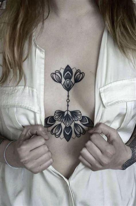 漂亮女生胸部纹身图案大全