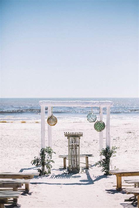 20 beach wedding ceremony decor ideas southbound bride