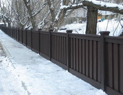 backyard vinyl fence best 25 vinyl privacy fence ideas on pinterest