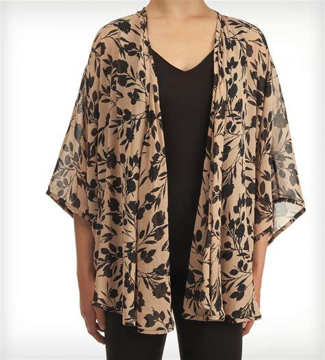 kimono top floral black kimono top s clothing jaleh