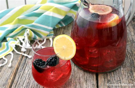 raspberry cari whiskey smash drink me grapefruit juice dr oz and glasses foodista weekend cocktails