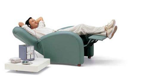 poltrone relax elettriche poltrone relax elettriche per anziani funzioni optional