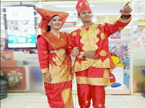 pakaian adat indonesia lengkap  provinsi ciri khas