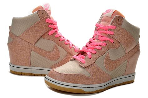 Sepatu Nike Sky Hi Dunk Pink Nike Wedges nike sky high dunks vntg wedges grey pink 543257 040