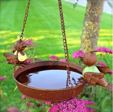 Wasserstellen Im Garten 2107 by Vogeltr 228 Nken Und Vogelb 228 Der Sind Merkw 252 Rdigerweise Viel