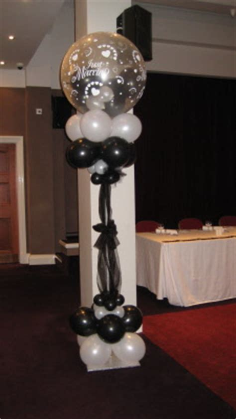 columns pillar balloon decorations