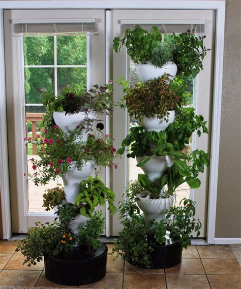 Vertical Garden Hydroponics Foody 8 Vertical Hydroponic Garden Tower The Green