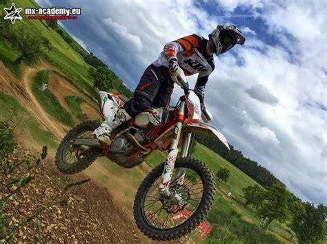 Motorrad Training F R Anf Nger by Enduro Training In Verschiedenen Gruppen F 252 R Jedermann