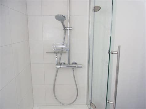 badewannen mit wannenträger badewolke die badewannen mit t 252 r wohn beratung de