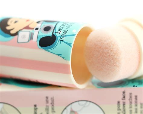 Eyeshadow Benefit benefit porefessional makeup review style by