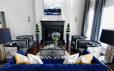 decorate  living room  black  white