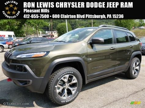 trailhawk jeep green 2016 eco green pearl jeep cherokee trailhawk 4x4