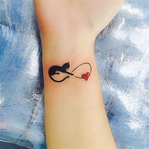 tattoo cat on wrist magical black cat tattoos best tattoos for 2018 ideas
