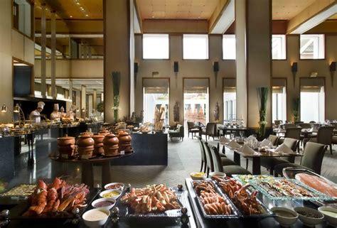 international buffet colonnade restaurant the sukhothai