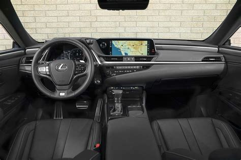 Lexus 2019 Es Interior by Lexus Betting Big On All New Es Thedetroitbureau