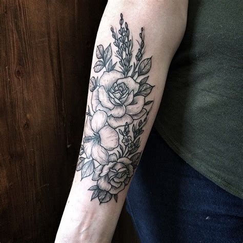 flower bouquet tattoo 25 best ideas about flower shoulder on