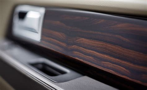 Real Wood Interiors Lincoln by 2015 Lincoln Navigator S Interior Introduces