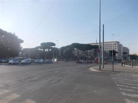 porta capena roma piazza di porta capena e palazzo della fao picture of