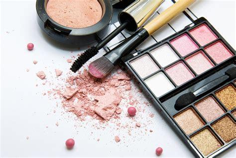 Lipstick Mac Jakarta mac cosmetics releases new year collection
