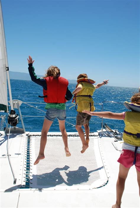 catamaran sailing around the world blog sailing around the world in i don t know days