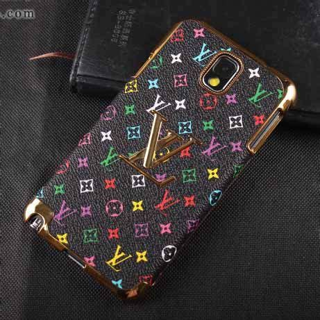 Runway Collection Phone louis vuitton runway 2017 collection cell phone
