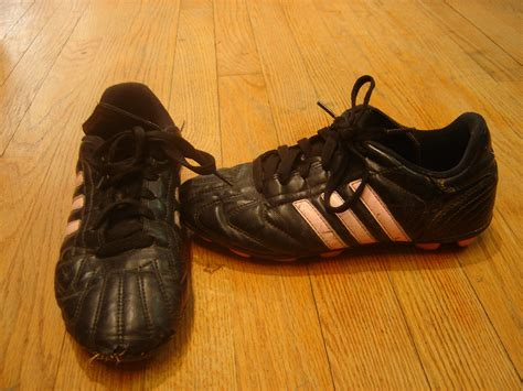 pony football shoes adidas size youth 5 5 black and pink striped soccer cleats