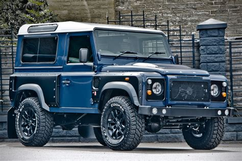 kahn land rover defender 110 land rover defender by kahn design extravaganzi