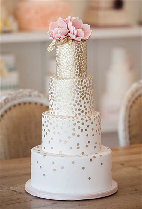 top 10 wedding blogs top ten hottest wedding cake trends sweet talk the