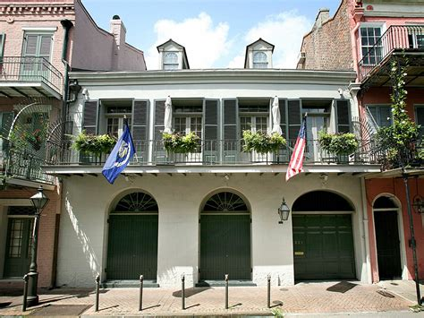 brad pitt and angelina jolie s french quarter home in new brad pitt and angelina jolie are selling their new orleans