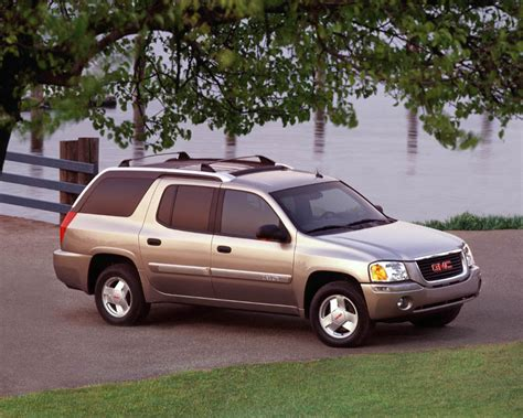 2011 gmc envoy 2011 2004 gmc envoy xuv car preview and wallpapers with