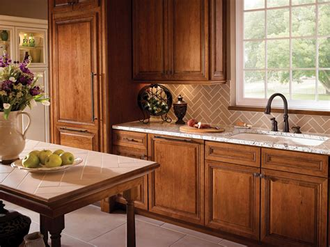 Kitchen Cabinet Choices White Glass Backsplash Kitchen Kitchen Colors With Wood Cabinets Kitchen Cabinets Color Choices