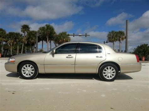 how cars run 2009 lincoln town car electronic toll collection purchase used 2009 lincoln town car signature limited sedan 4 door 4 6l in clearwater florida