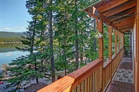 weekend hideout vacation rental cabin lake wenatchee