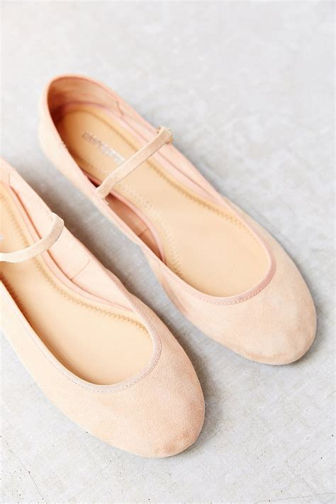 flat ballet shoes cooperative soft ballet flat in pink lyst