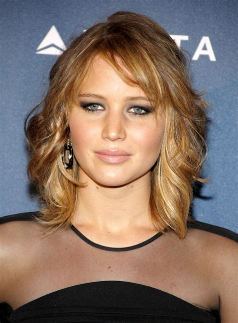 hairlicks popular 2015 pictures top 7 best celebrity hairstyles with bangs