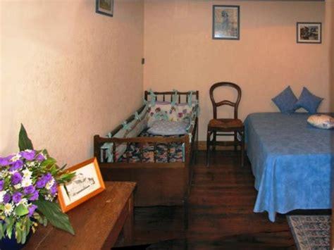 meuble ancien 1367 meubl 233 s locations g 238 tes 2 233 pis g 238 tes de mr