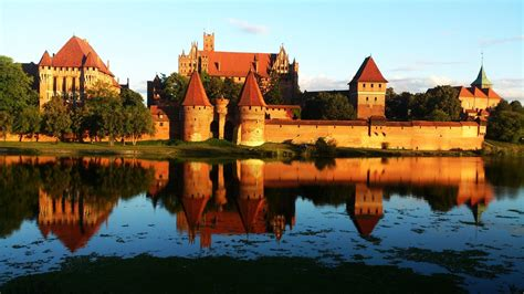 ufficio turismo cracovia polonia varsavia cracovia e auschwitz verbano viaggi
