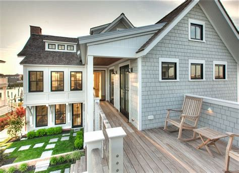best siding for beach house 25 best ideas about beach house exteriors on pinterest beach kitchens beach homes