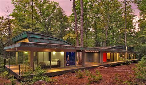 ladari di vetro una casa in legno e vetro dove la natura 232 protagonista