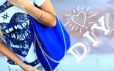 Handbag Report Here She Goes Again Stella Mccartney To Design For Lesportsac Second City Style Fashion diy stella mccartney bag